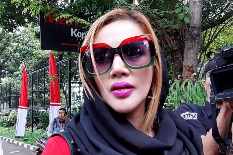 Barbie Kumalasari saat mendatangi Polda Metro Jaya, Jakarta Selatan pada Rabu (17/7/2019).