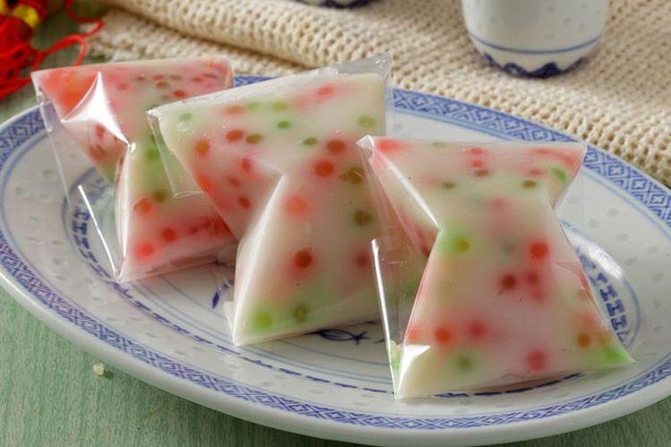 Ilustrasi kue cente manis atau cantik manis khas Betawi ala Sajian Sedap.