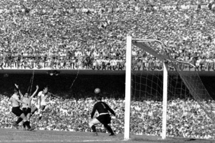 Final Piala Dunia 1950, Brasil vs Uruguay.