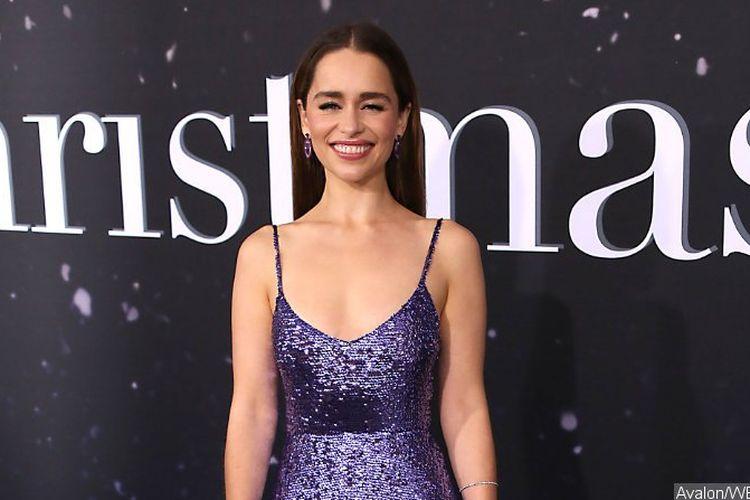 Emilia Clarke tak menolak apabila ditawari peran sebagai perempuan James Bond di No Time to Die.