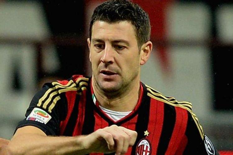 Bek AC Milan Daniele Bonera.