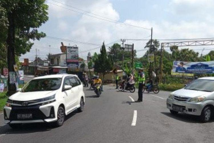 Simpang tiga Keprabon, Kecamatan Karangpandan, Kabupaten Karanganyar