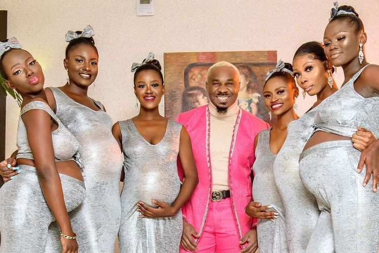 Mike Eze-Nwalie Nwogu, dikenal juga sebagai Pretty Mike, datang ke pesta pernikahan aktor Nigeria bersama enam perempuan yang sedang hamil. Bos kelab malam yang dikenal playboy itu mengaku menjadi ayah dari 6 bayi itu.