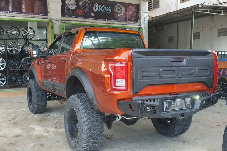 Modifikasi Ford Ranger jadi F150 Raptor