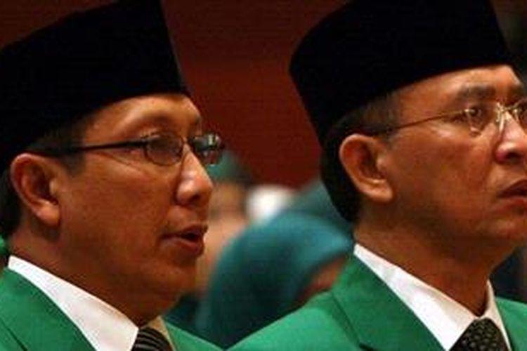 Wakil Ketua MPR Lukman Hakim Saifuddin (kiri)