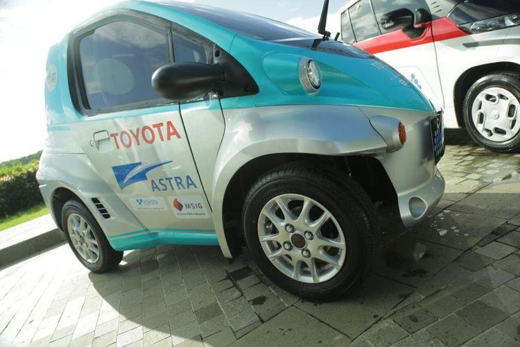 Mobil listrik berteknologi Battery Electric Vehicle (BEV) Toyota COMS.