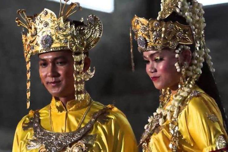 Pakaian Adat Kustin Kalimantan TImur