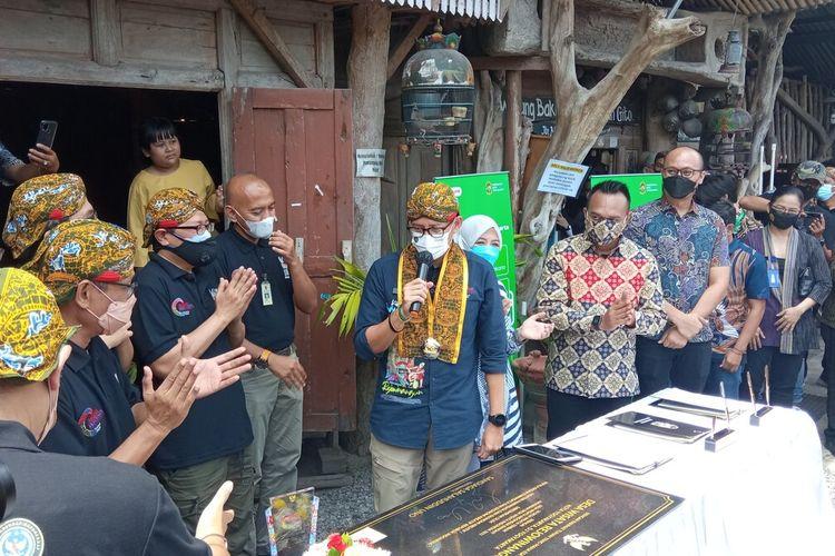 Sandiaga saat kunjungan ke Kampung Wisata Rejowinangun, Kotagede, Kota Yogyakarta, Jumat (8/10/2021)