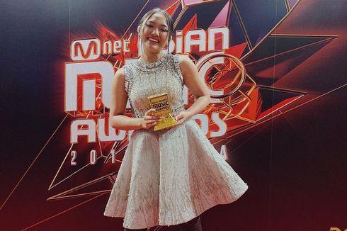 Marion Jola Dinobatkan Jadi Best New Asian Artist Indonesia MAMA 2018