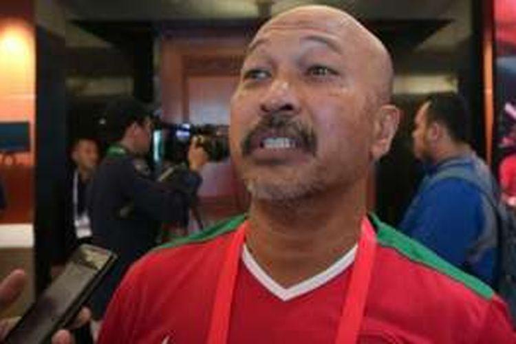 Mantan kapten timnas Indonesia, Fachri Husaini, saat ditemui di Kongres Tahunan PSSI di Hotel Aryaduta Bandung, Minggu (8/1/2017).