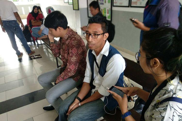 Ronaldo Latturette, terdakwa dalam kasus meninggalnya Gabriella Sheryl Howard (8), murid kelas III SD di Global Sevilla School usai diputus bebas oleh Hakim Pengadilan Negeri Jakarta Barat, Selasa (28/11/2017).