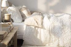 Perhatian! 5 Barang Ini Jangan Diletakkan di Bawah Tempat Tidur