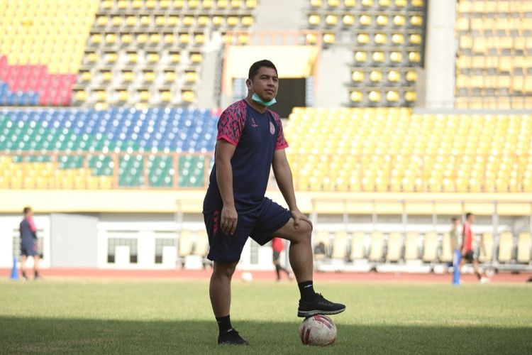 Kepala Departemen Football Performance PS Sleman Jan Saragih