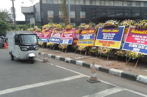 Karangan Bunga Berjajar di Gedung KPK, Berisi Ucapan Selamat untuk Pimpinan Baru