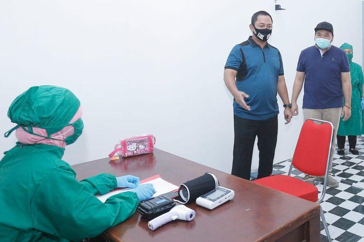 Wali Kota Semarang Hendrar Prihadi meninjau salah satu rumah sakit yang ada di Kota Semarang.