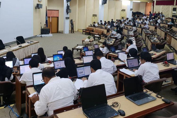 Sebanyak 1.401 Calon Pegawai Negeri Sipil (CPNS) lingkungan Kemendikbud tercatat mengikuti SKB, yang berlangsung 15 hingga 17 Desember 2018.