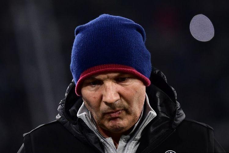Pelatih kepala Bologna, Sinisa Mihajlovic, menghadiri pertandingan sepak bola Serie A Italia Juventus vs Bologna pada 19 Oktober 2019 di stadion Juventus di Turin.