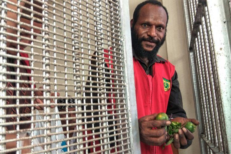 FN saat ditemui di sel tahanan PN Mempawah sesaat sebelum sidang dengan agenda putusan sela (3/9/2018).