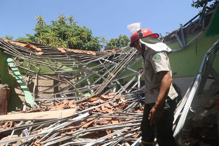 Kondisi gedung di SDN Gentong, Kecamatan Gadingrejo, Kota Pasuruan setelah ambruk