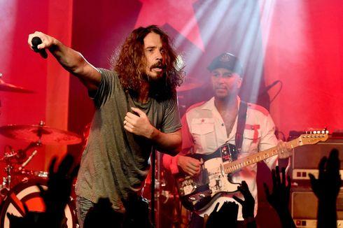 Lirik dan Chord Lagu Live To Rise - Soundgarden, OST The Avengers