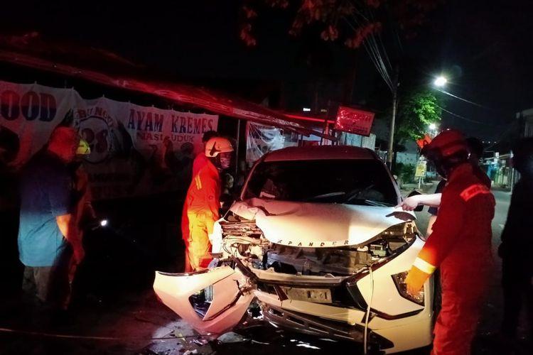 Kecelakaan tunggal terjadi Jalan Kalisari, Kelurahan Pekayon, Kecamatan Pasar Rebo, JakartaTimur pada Kamis (8/4/2021) pagi.