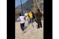 Video Viral Perempuan Jatuh dari Ayunan di Atas Tebing Setinggi 1.800 Meter di Rusia