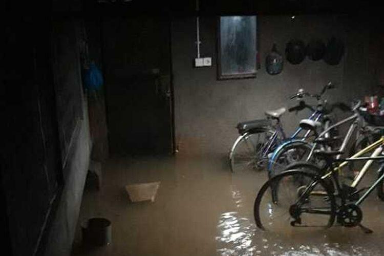 Banjir di Kelapa Gading Vespa, Pegangsaan Dua, Jakarta Utara, Selasa (25/2/2020)