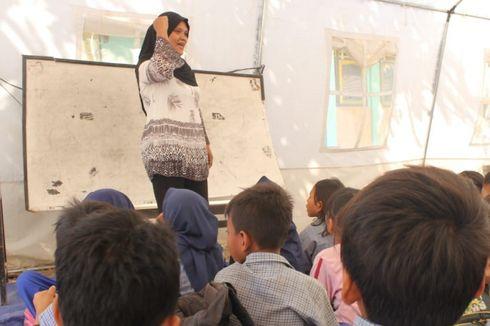 Fitria dan Upaya Guru Menghadirkan Kegembiraan dalam Kelas di Lombok