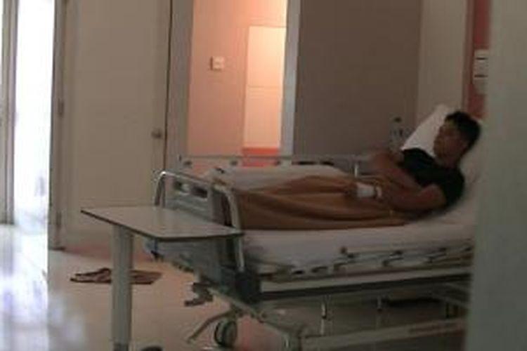 MA (14) dirawat di rumah sakit setelah dianiaya seorang oknum anggota Brimob.