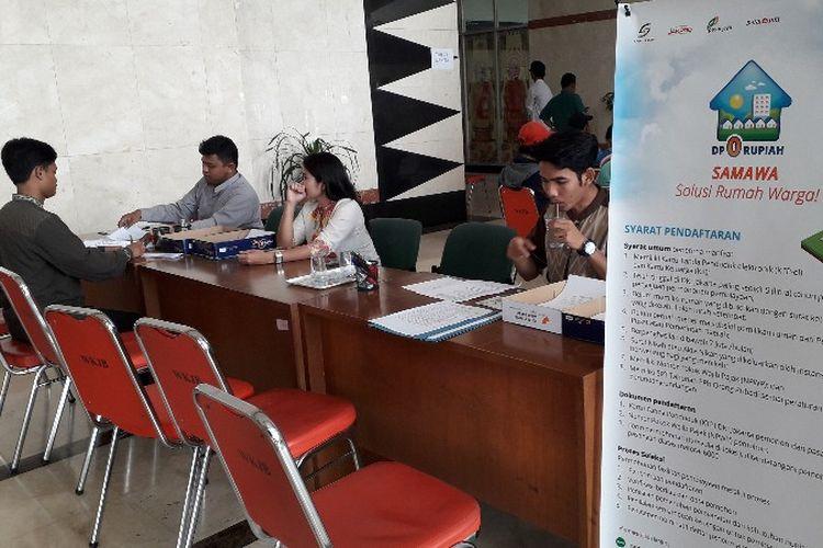 Pendaftaran rumah DP Rp 0 di lobi gedung B, kantor Wali Kota Jakarta Barat pada Jumat (2/11/2018).