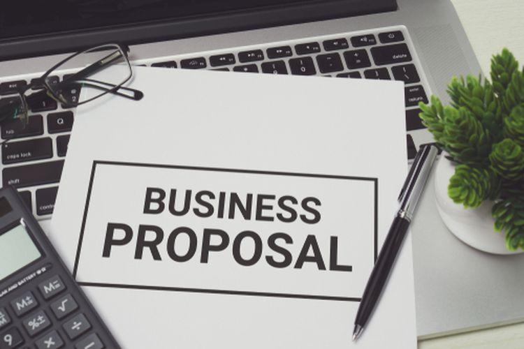 Proposal adalah rencana yang dituangkan dalam bentuk rancangan kerja, perencanaan sistematis, matang, dan teliti yang dibuat oleh peneliti sebelum melaksanakan penelitian.