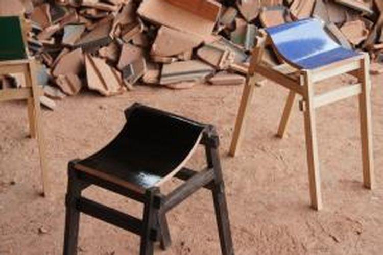 Kursi Kayu Bekas Jogja  jangan dibuang genteng bekas bisa jadi kursi cantik