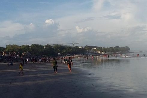 Pasca Nyepi, Pantai Kuta Ramai Wisatawan sejak Pagi
