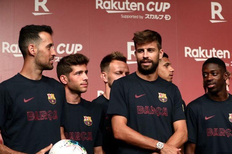 Sejumlah pemain Barcelona, di antaranya Sergio Busquets, Gerard Pique, dan Ousmane Dembele, menghadiri jumpa pers jelang laga Barcelona vs Chelsea di Tokyo 21 Juli 2019.