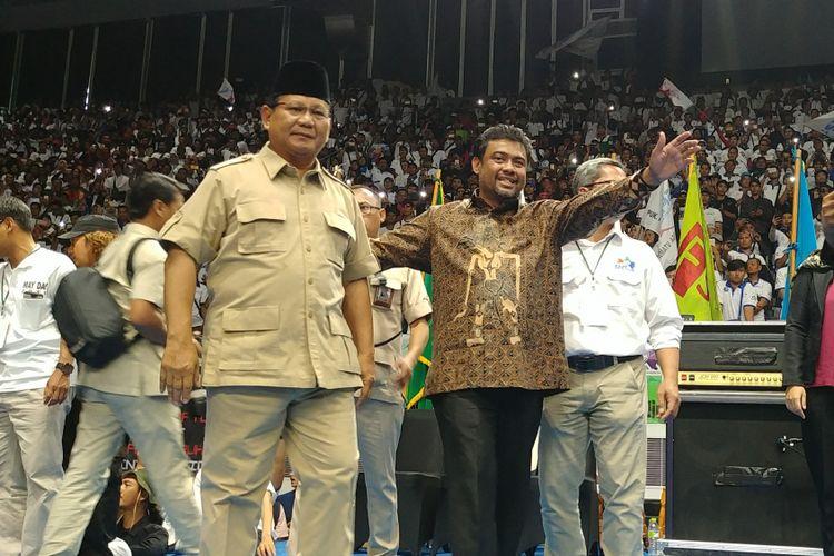 Ketua Umum Partai Gerindra Prabowo Subianto menghadiri deklarasi buruh KSPI di Istora Senayan, Jakarta, Selasa (1/5/2018).