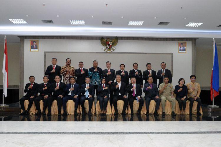 Hadirin dalam penandatanganan Memorandum of Understanding (Mou) tentang kerja sama di bidang logistik dan industri pertahanan antara Indonesia dan Filipina.
