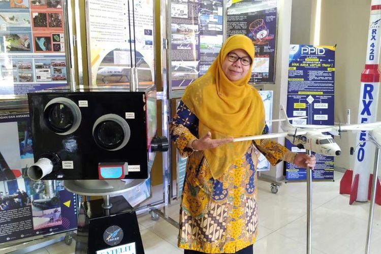 Sosok Rika Andiarti yang saat ini menjabat sebagai Deputi Teknologi Penerbangan dan Antariksa LAPAN. Perjuangan Kartini dia teruskan melalui konsistensinya bekerja di dunia penerbangan dan antariksa.