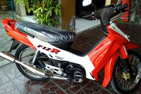 Langka, Yamaha F1ZR Marlboro Edition Laku Rp 55 Juta