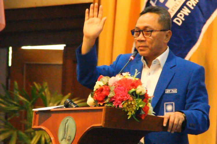 Ketua Umum DPP PAN Zulkifli Hasan saat membuka Rakerwil DPW PAN NTB di Mataram. Sabtu (14/4/2018).