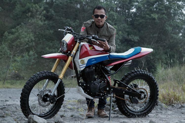 Ikbal Saputra dari Dorkoro Classic Custom Parts, Pekanbaru,dengan nama unik Jugul, bahasa Tanah Batak, yang artinya berani.