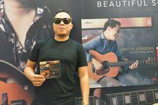 Sandhy Sondoro Persembahkan Album Baru untuk Mendiang Adiknya