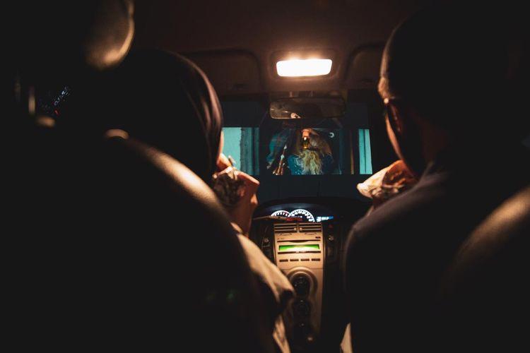 Bioskop alternatif bernama Drive-In Senja di Tangerang.