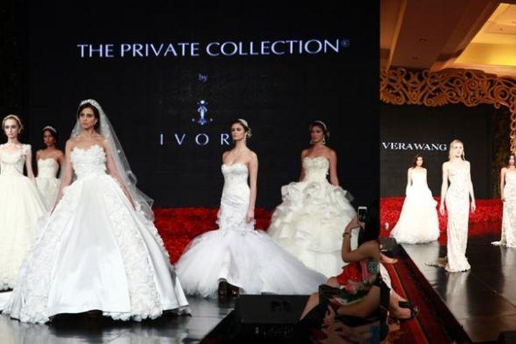 Peragaan busana Ivory Bridal Private Collection dan Vera Wang Brides yang ikut meramaikan acara Wedding Fair The Ritz-Carlton Jakarta, Mega Kuningan.
