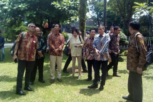 Menteri ESDM Akan Modernisasi Alat Pemantauan Gunung Api di Indonesia