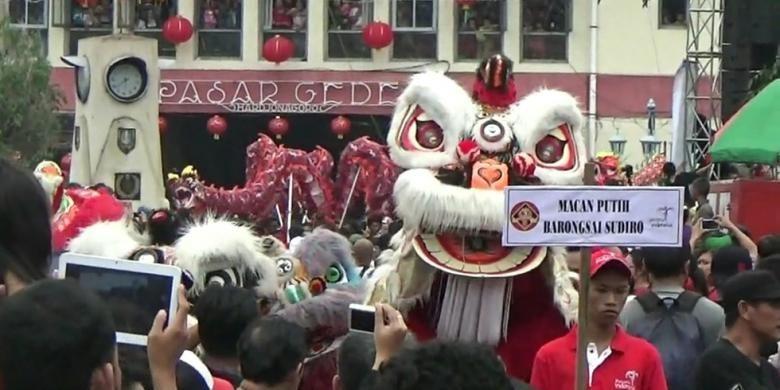 Perayaan Grebeg Sudiroprajan, sambut Imlek, di Solo, Minggu (31/1/2016)
