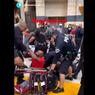 Viral Video Pria Penyandang Disabilitas Jatuh dari Kursi Rodanya Saat Unjuk Rasa, Bagaimana Cerita Sebenarnya?