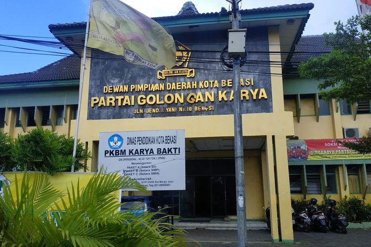 Kantor DPD Partai Golkar Kota Bekasi di Jalan Ahmad Yani, Bekasi Selatan.