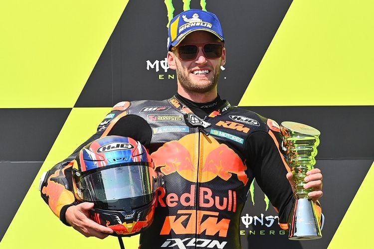 Pemenang MotoGP Ceko 2020, Brad Binder, dari tim Red Bull KTM Factory.