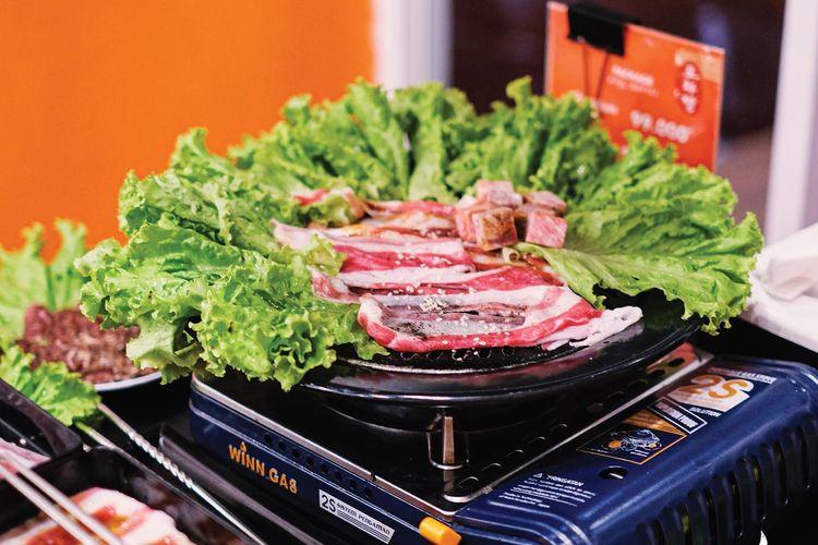 Irisan daging sapi yang dipanggang dengan saus BBQ ala Pocchajjang
