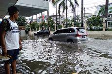 Sejumlah Ruko Tekstil di Mangga Dua Terendam Banjir
